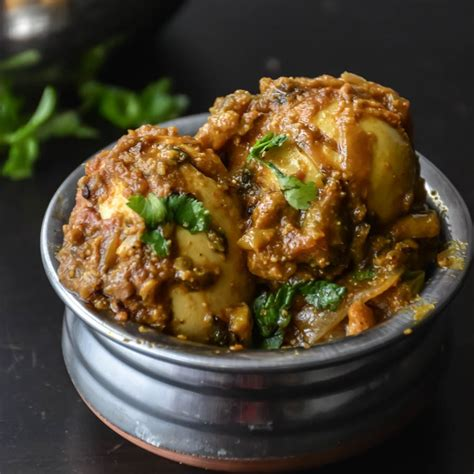Quick & Simple Egg curry in 20 Minutes – Relish The Bite