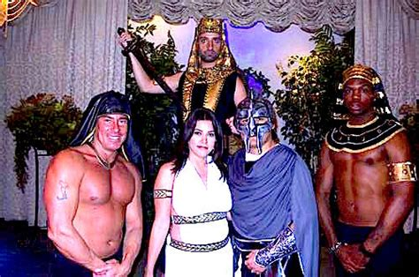 Toga Wedding in Vegas? Antony and Cleopatra Get Married by