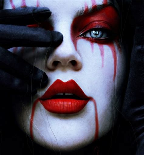 Horror face make-up for Halloween - AWOMANSTYLE