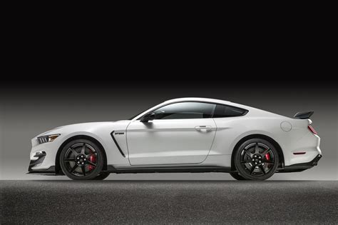 FORD SHELBY GT350R COUPE - 182535