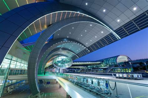 Dubai Airport expects 7 MILLION people to pass through