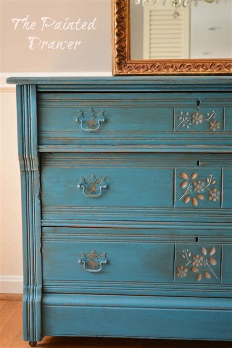 Paint Color Highlight - General Finishes Corinth Blue with