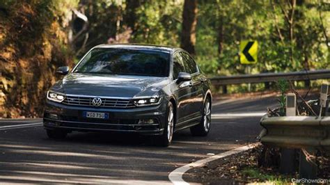 News - VW's 206kW Passat R-Line Fixed For October